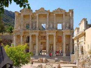 Ephesus_Library
