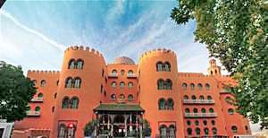 alhamra_palace_hotel