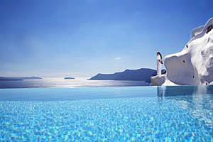 Santorini_luxury_hotel2