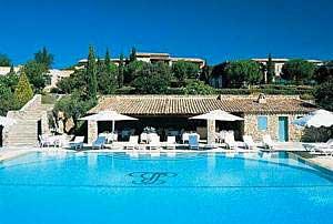 Gordes_hotel_spa