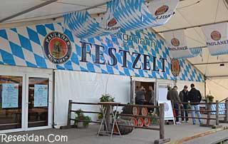 oktoberfest_berlin_festzelt