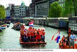 Amsterdam-queensday_3