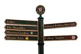 street_sign_york
