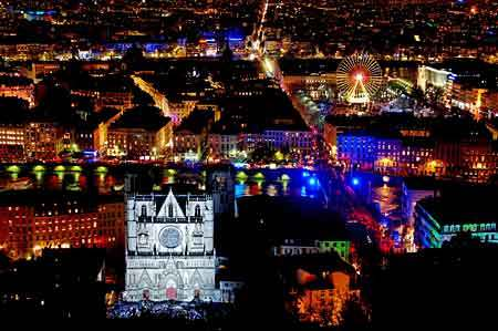 Vackra färger på Festival of Lights Lyon, 6 - 9 December 2018
