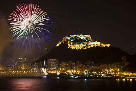 Les Fogueres de Sant Joan in Alicante – A  fiery festival in Spain