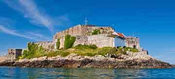 guernsey_castle