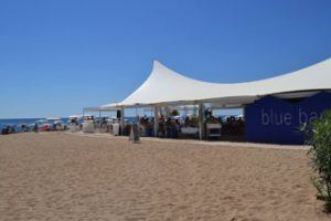 Photo bar bleu club de plage