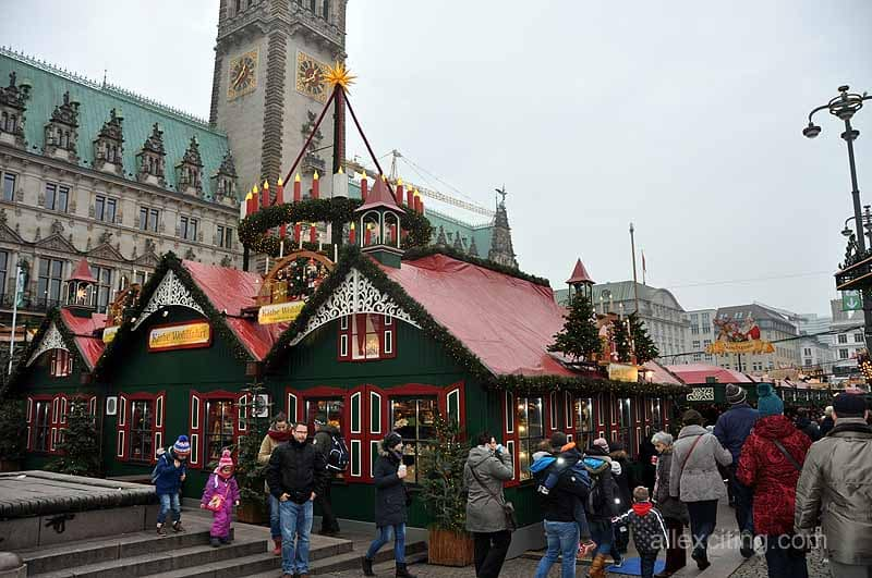 enjoy some beautiful and cozy christmas markets in hamburg. Black Bedroom Furniture Sets. Home Design Ideas