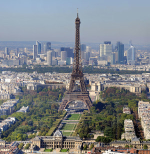 باريس المعالم السياحية والجولات السياحية السياحية - Eiffel_Tower