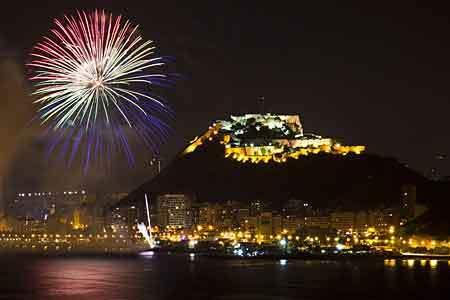 Les Fogueres de Sant Joan in Alicante (nieuwe data) 2 - 6 september 2020