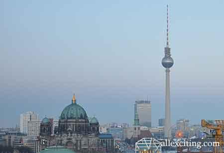 Televízna veža Berlín - Fernsehturm