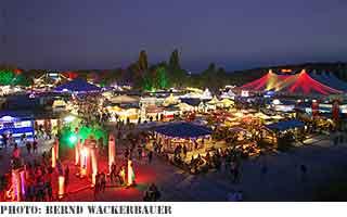 letný festival mýtneho dreva v Mníchove