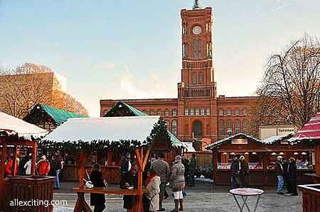 christmas market berlin town hall rathaus