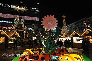 Christmas market at Breitscheidplatz, between Keiser Wilhelm Memorial Church and Europa Center in Berlin